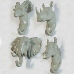 Faux Animal Molding Hooks Set