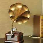 Antiqued Gramophone Iron Miniature