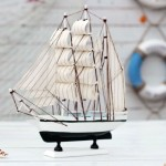 4 Mediterranean-style Sailboat Wooden Ornament Set