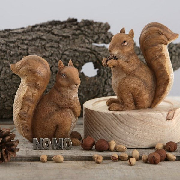 American Garden Squirrel Resin Sculpture Set