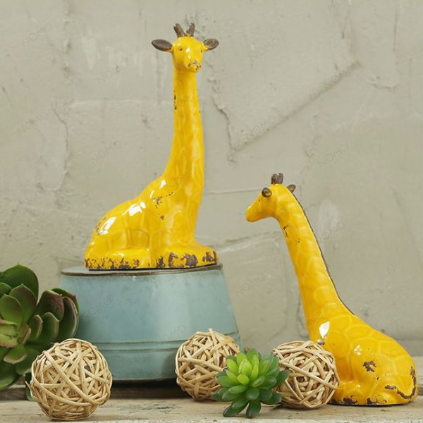 Nordic Giraffe Ceramic Ornament